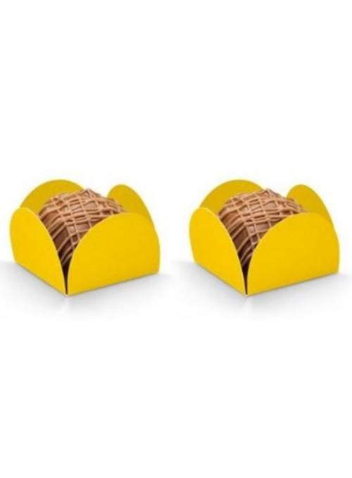 Forminhas para Doces 4 Pétalas Amarela 3,0cm x 2,0cm 50 unidades