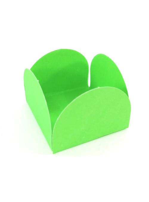 Forminhas para Doces 4 Pétalas Verde Limão 3,0cm x 2,0cm 50 unidades
